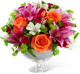 The FTD Simple Surprises Bouquet by Vera Wang from Victor Mathis Florist in Louisville, KY