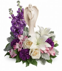 Teleflora's Beautiful Heart Bouquet from Victor Mathis Florist in Louisville, KY